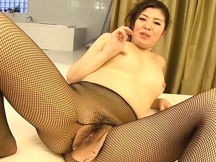 Valeriji Nylon Footjobs With the addition of Blowjob