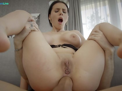 Sexy brunette darling Nelly Kent gets fucked approximately juicy asshole