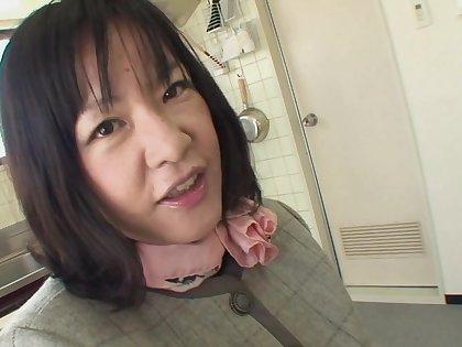 Non-standard Japanese housewife sucking a dick in POV - Kiyoe Majima